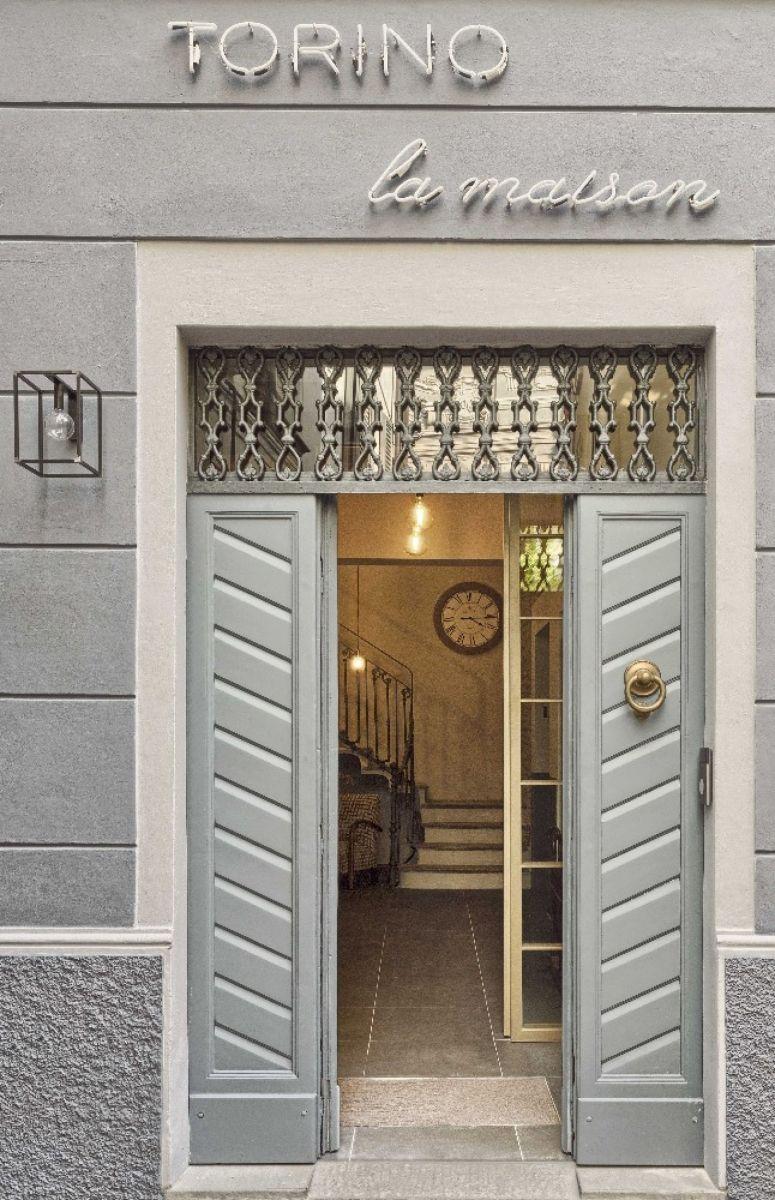 maison harmony 63 garaga garage door vog x black window layout leftside harmony with maison. Black Bedroom Furniture Sets. Home Design Ideas